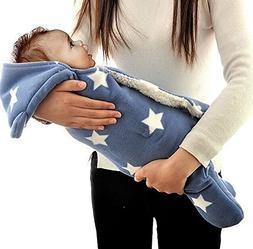 1. Wearable blanket sack vs. Baby Blanket. Swaddle your Baby