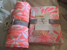 2 Pc Cloud Island Pink Lemonade Knit Baby Blanket & Crib She