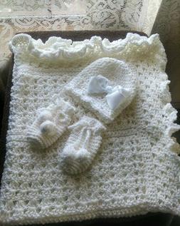 BEAUTIFUL HAND CROCHET BABY BLANKET SET YOU PICK COLOR, HELP