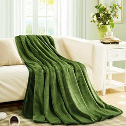 MEROUS Fleece Soft Warm Grass Green Throw Blanket - Lightwei