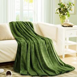 MEROUS Fleece Soft Warm Grass Green Throw Blanket - Lightwei