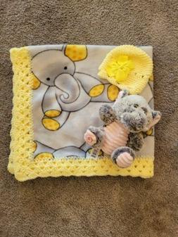 Fleece trim baby blanket- Gray and Yellow Elephant print w/c