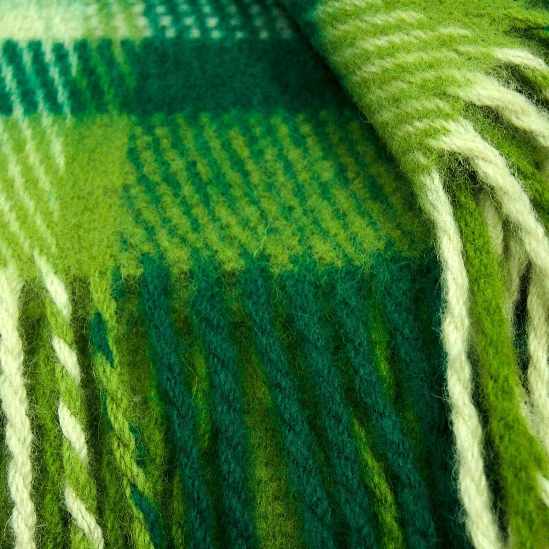 100% Virgin Wool Throw Blanket with fringe Plaid