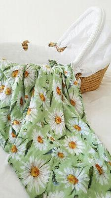Daisy Baby Muslin Receiving Blanket 47x47 Inches 70% Bamboo