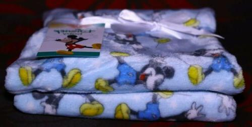 NEW Mickey Mouse Snuggle Blanket Amazing