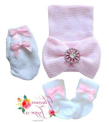 NEWBORN BABY GIRL comfy beanie hat with socks and mittens Ba