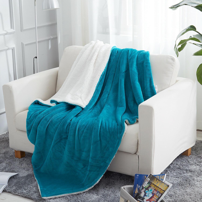 Plush Blanket for Sofa Bed