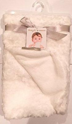 Blankets & Beyond Rosette White Super Soft Baby Blanket 30x3