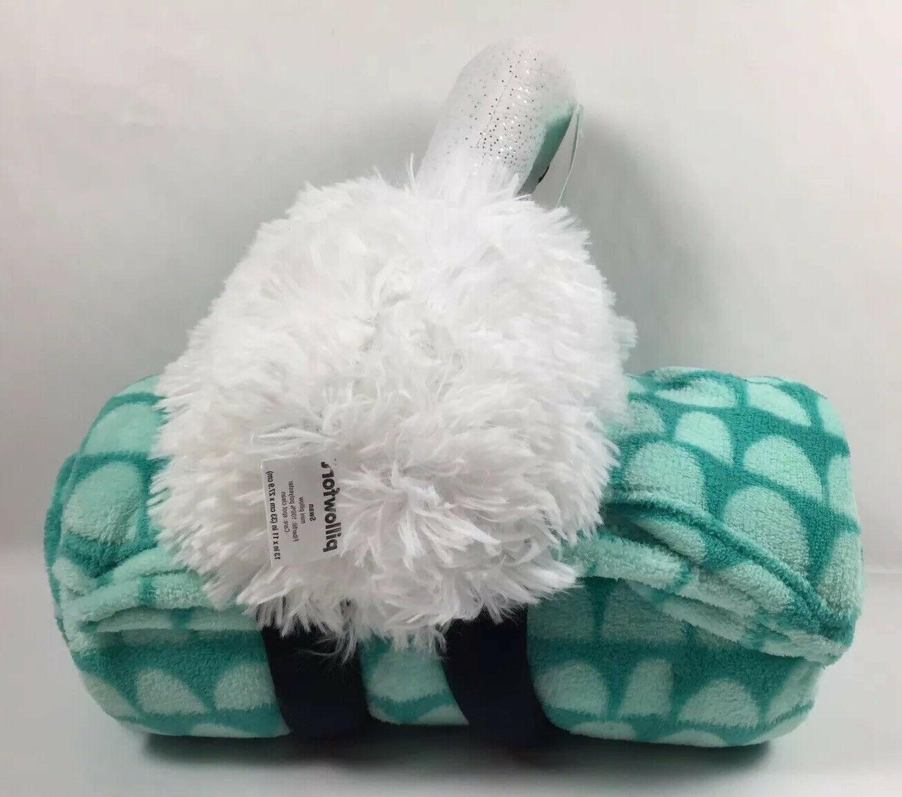 Pillowfort Swan and