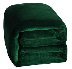 Exclusivo Mezcla Luxury Flannel Velvet Plush Throw Blanket W