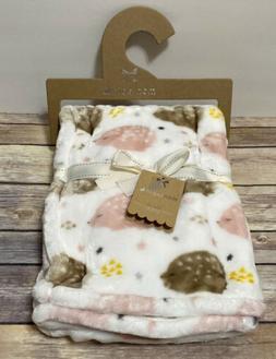 Mon Lapin Luxury Velvet Baby Blanket White Pink Brown Hedgeh