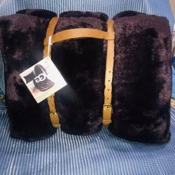 New UGG POLAR Throw Blanket and Pillow Set Port Burgundy Dee