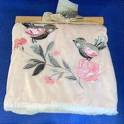 Levtex Baby RN131682 Elise Plush Blanket