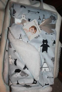 Blankets and Beyond Teepee,Bear, Rabbit Arrow Print Pink Bab